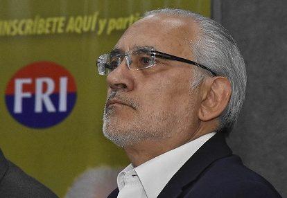 Mesa dice que él frenó al MAS y que Añez llegó al mando después de que Evo Morales huyó