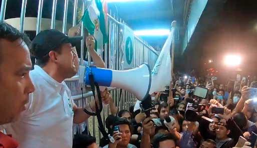 """Luis Fernando Camacho: """"Decirle al tirano que tiene 48 horas para renunciar"""""""