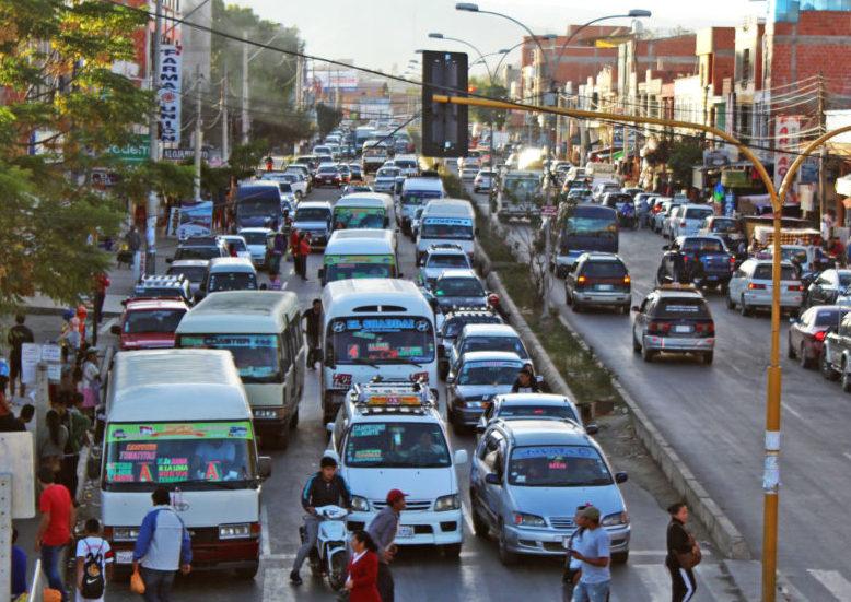 Cada día hay diez autos más en las calles de Tarija