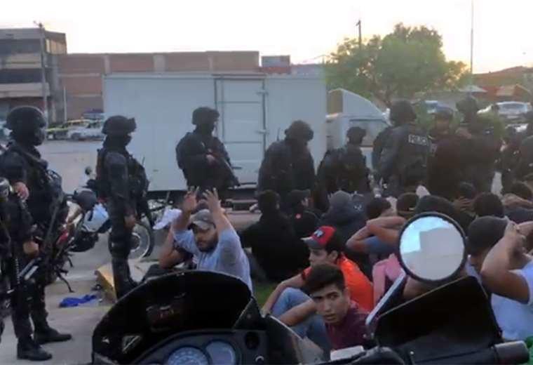 Policía se querella contra miembros de la Unión Juvenil Cruceñista por agresión a efectivo