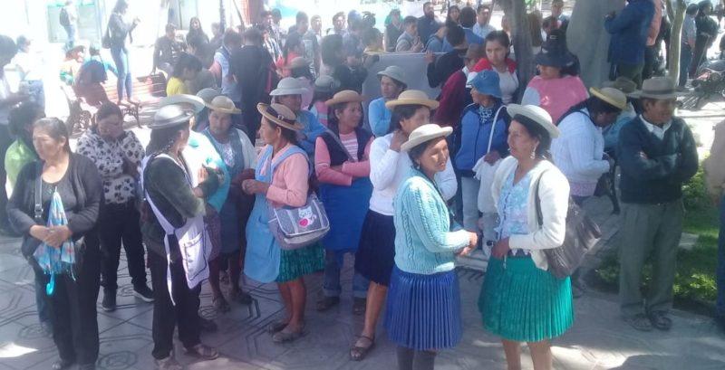 Campesinos de Cercado desconocen a la directiva de la Federación y la tildan de