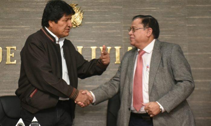 Gobierno construirá industria farmacéutica para lucha contra el cáncer en Cochabamba con apoyo de India