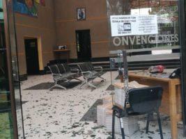 Centro de Convenciones destruido por turba