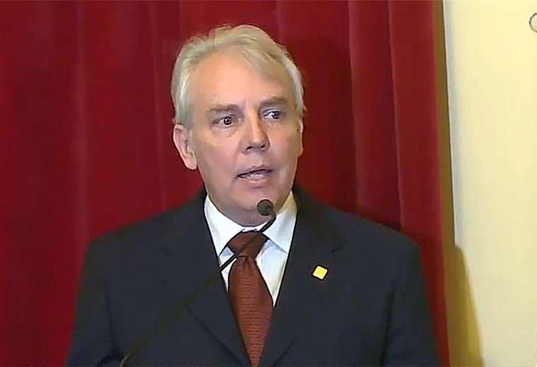 Presidenta Áñez juramenta a Carlos Díaz como Ministro de Planificación del Desarrollo