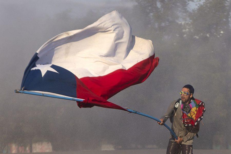 La Fiscalía de Chile presentó cargos contra unos 20.000 detenidos durante las protestas
