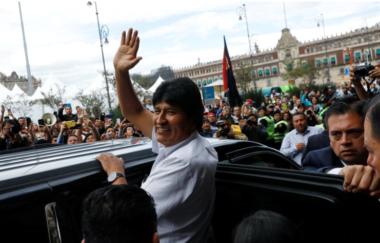 Evo Morales recibió la visa humanitaria del gobierno mexicano y fue nombrado