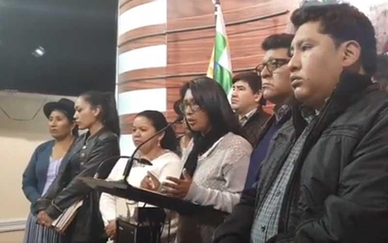 MAS dice que garantiza convocatoria a elecciones y ofrece diálogo por tiempo y materia