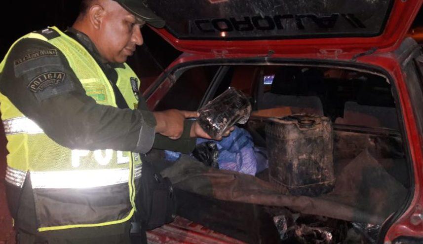 Policía captura a tres personas con sustancias controladas en Caraparí