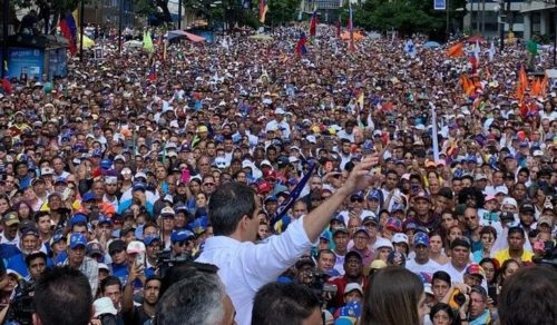 """Guaidó llamó a la protesta permanente: """"Lunes, martes, miércoles… todos los días en la calle hasta lograrlo"""""""