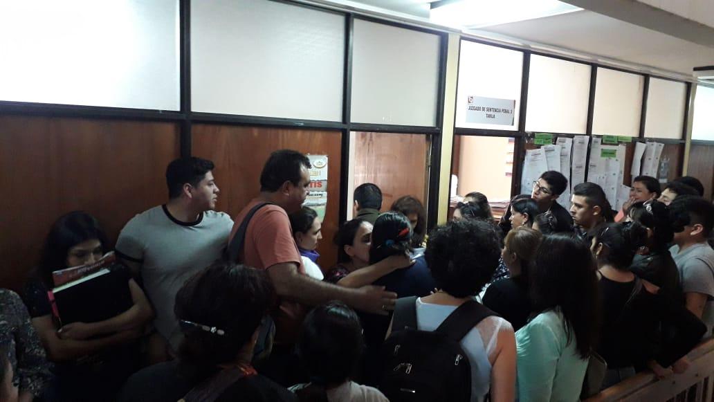 Justicia de Tarija libera a Elías Garzón y lo declara inocente de la muerte de Dayana Alemán - La Voz de Tarija