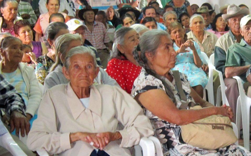 Sedeges de Tarija pide a la población concientizarse en el buen trato hacia los adultos mayores