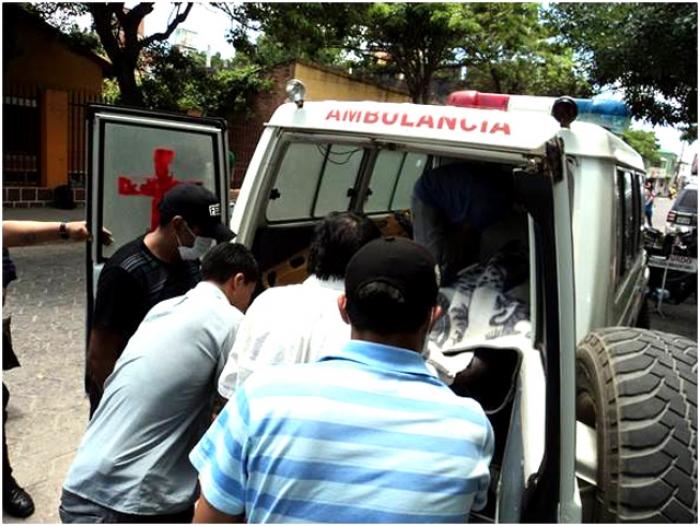 Un camión se embarranca y deja un herido grave en Entre Ríos- Tarija