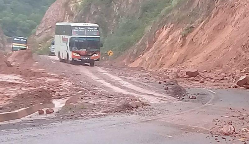 Transportistas de Tarija manifiestan su preocupación por el mal estado de las carreteras