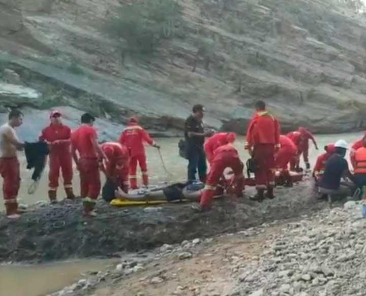 Rescatan cuerpos de dos jóvenes que se ahogaron en el río Guadalquivir de Tarija