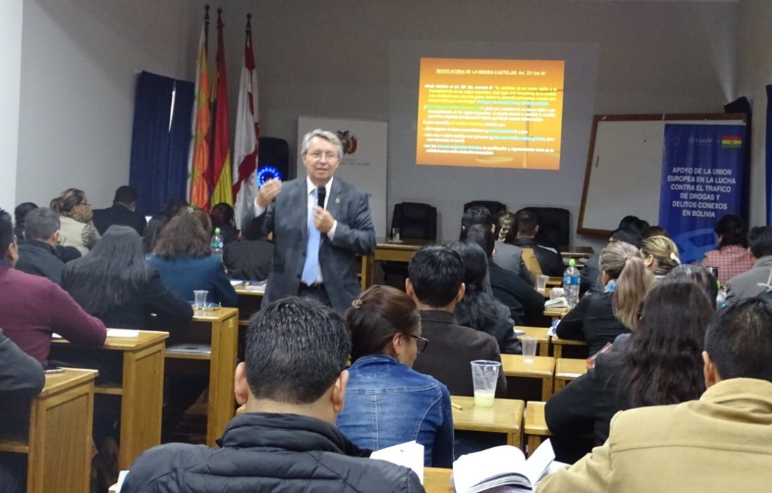Escuela de Fiscales capacitó a 3.522 fiscales de materia y servidores del Ministerio Público