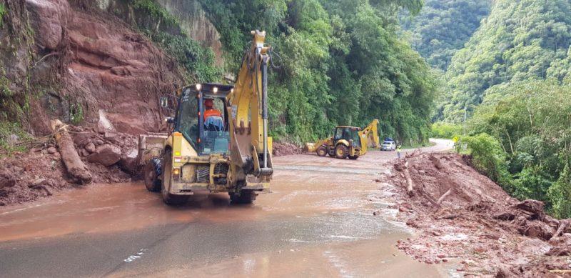 ABC habilita ambos carriles en la carretera Tarija - Bermejo y continua con los trabajos de limpieza