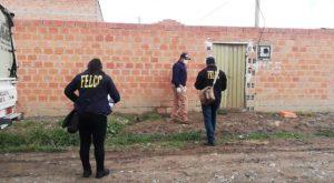 Policía investiga a hombre que golpeó y amenazó de muerte a un anciano en Tarija