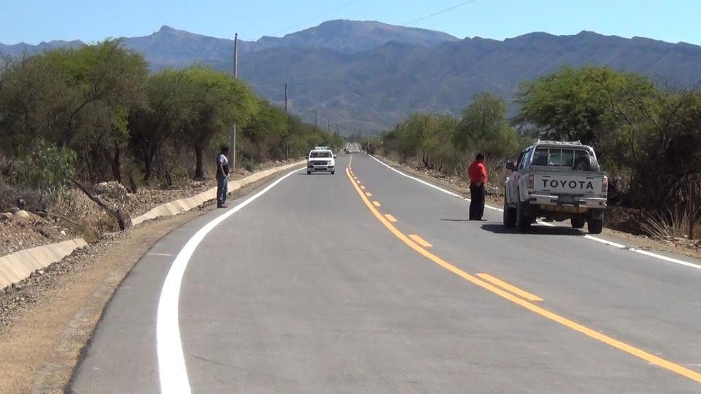 Piden a la población tarijeña usar la vía asfaltada de San Mateo para llegar a San Lorenzo