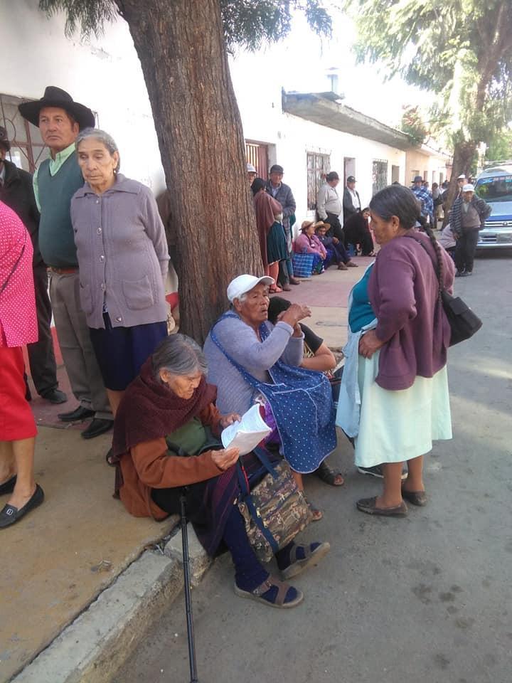 Adultos mayores se encuentran en estado de emergencia por la falta de entrega de la canasta alimentaria en Tarija