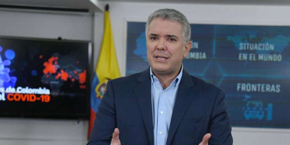 El Coronavirus se coló entre los guardias del presidente colombiano Iván Duque
