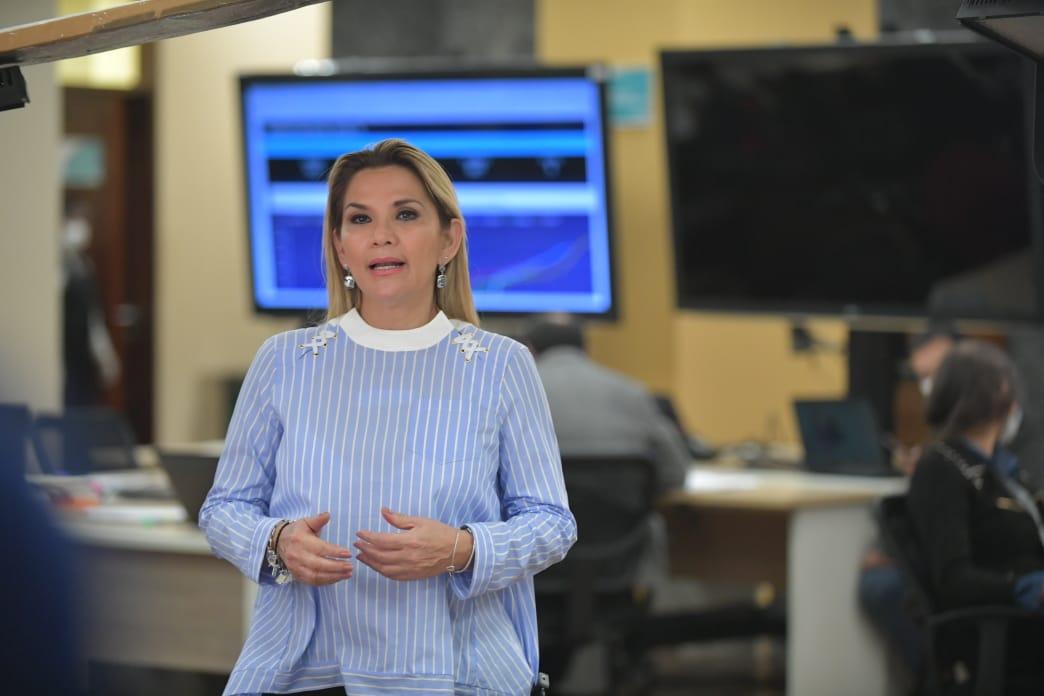 """""""Canasta familiar"""" será Bs 400 en efectivo para beneficiarios de Renta Dignidad, Bono Juana Azurduy y discapacitados"""