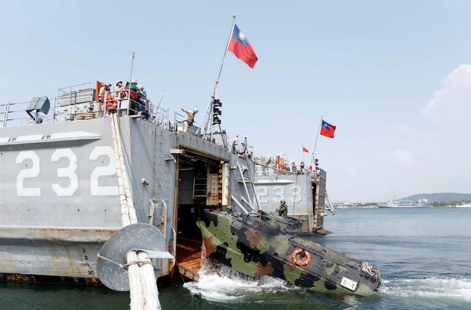 Taiwán realizó ejercicios militares a gran escala tras las provocaciones del régimen chino en medio de la emergencia coronavirus