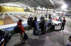 Prevén que 400 bolivianos ingresen a Pisiga el domingo y que otros 370 terminen cuarentena en Iquique