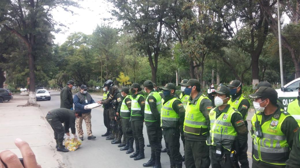 Policía reporta 5 personas arrestadas en Tarija por incumplir cuarentena