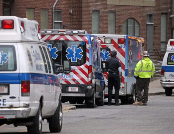 EEUU registró un récord de casi 4.500 muertos por Covid-19 en las últimas 24 horas