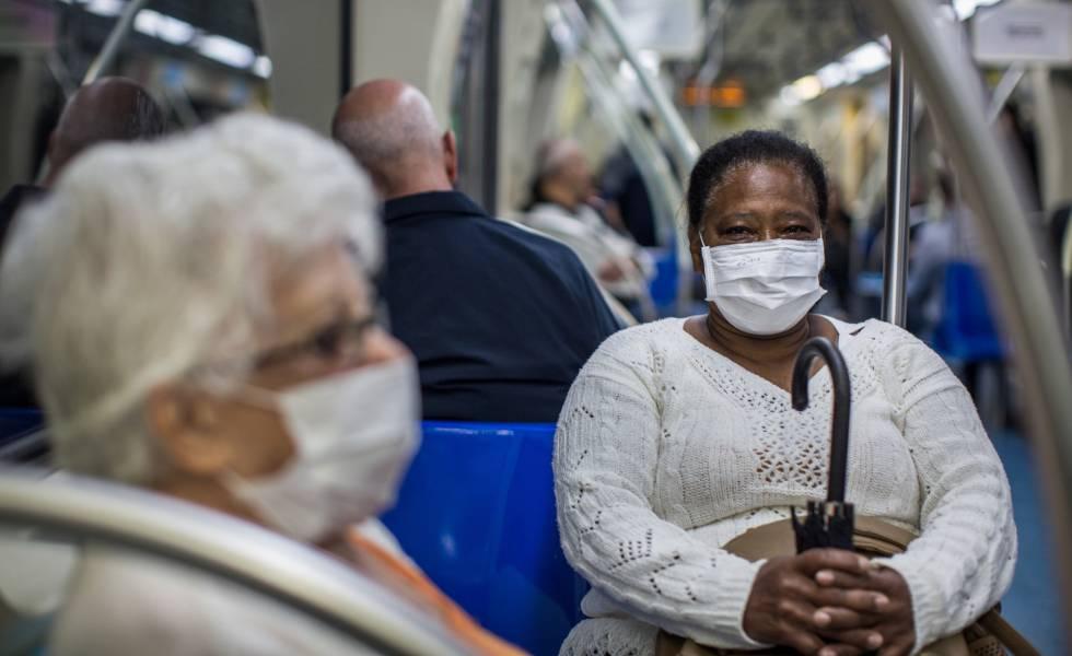 Por la nueva ola de contagios, Miami urgió a vacunarse a quienes aún no lo hicieron y reimpuso el uso de mascarillas en edificios públicos
