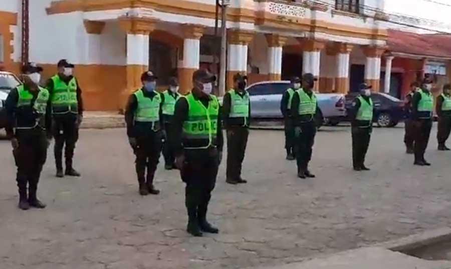 Policía en Beni homenajea a sargento fallecido en cumplimiento del deber
