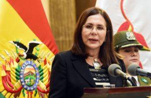 Cancillería viabiliza retorno al país de 63 bolivianos varados en Paraguay y Uruguay