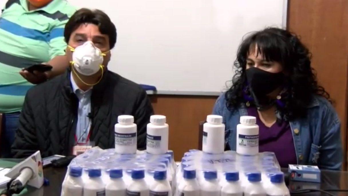 Subgobernador entrega Ivermectina al Sedes de Tarija para la lucha contra el coronavirus