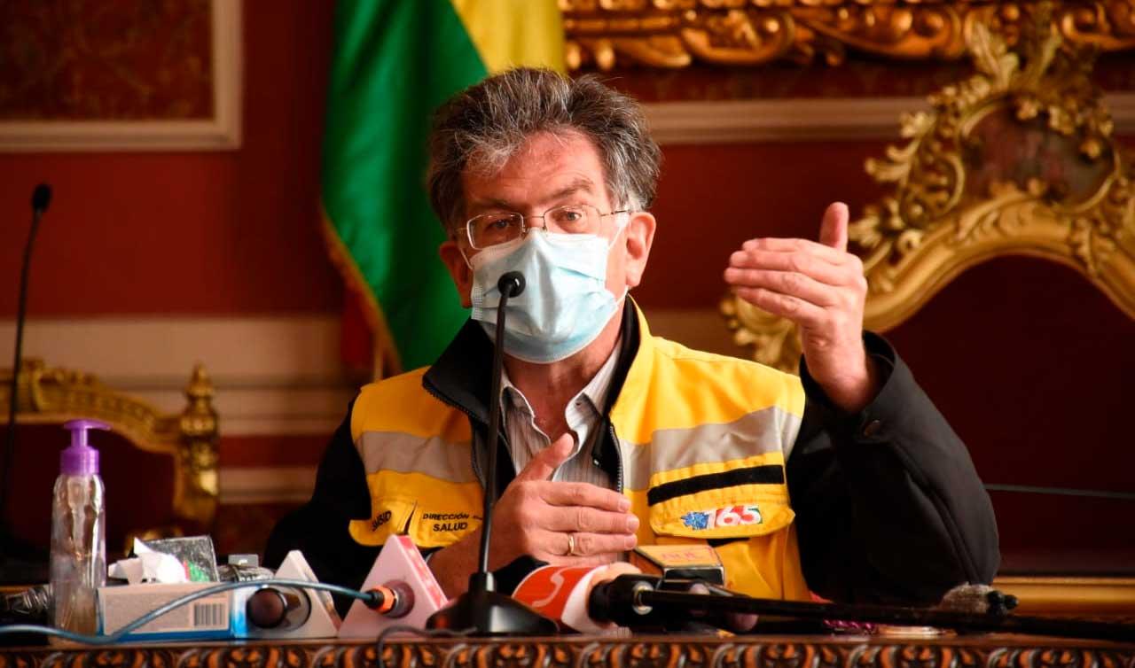 Hospitales de la ciudad de La Paz se llenan y Alcaldía pide habilitar El Alto Sur y un centro en Miraflores