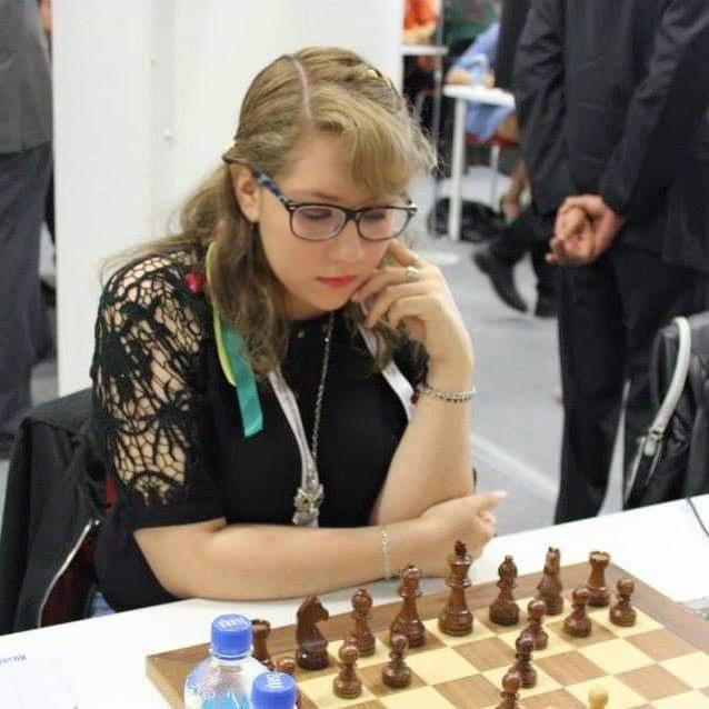 Estrada y Mollo representan a Tarija en primera Olimpiada Mundial virtual de ajedrez