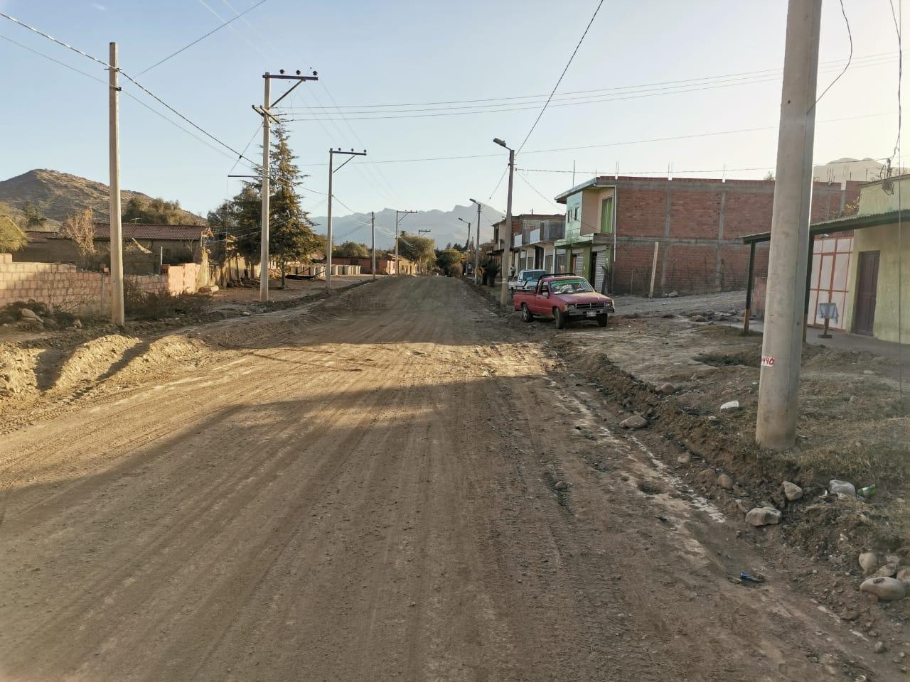 Gobernación de Tarija inicia la primera fase del asfaltado de la calle principal de Padcaya