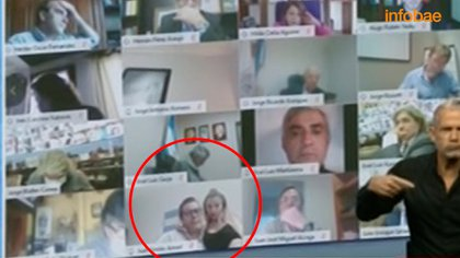 Escándalo en Argentina: un diputado se mostró en pleno acto erótico en una sesión virtual