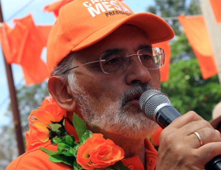 """Mesa en Santa Cruz: """"que quede claro, somos los únicos que podemos derrotar a Morales y Arce"""""""
