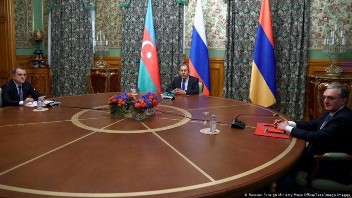 Armenia y Azerbaiyán acordaron una tregua humanitaria que regirá desde el 18 de octubre