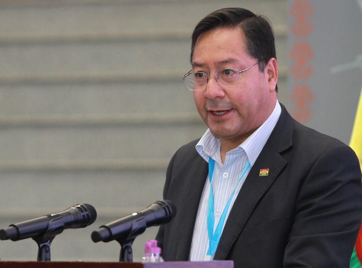 Luis Arce anuncia reactivación de la estatal Yacana con la exportación de fibra de alpaca a Reino Unido