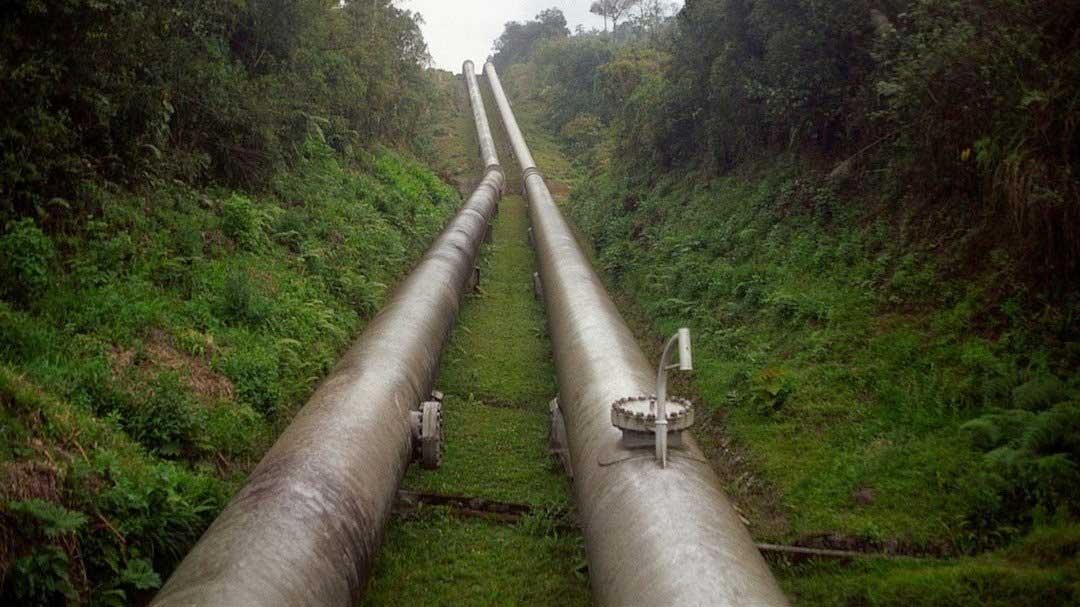 Deslizamiento causa rotura de ducto y afecta provisión de gas para sector industrial