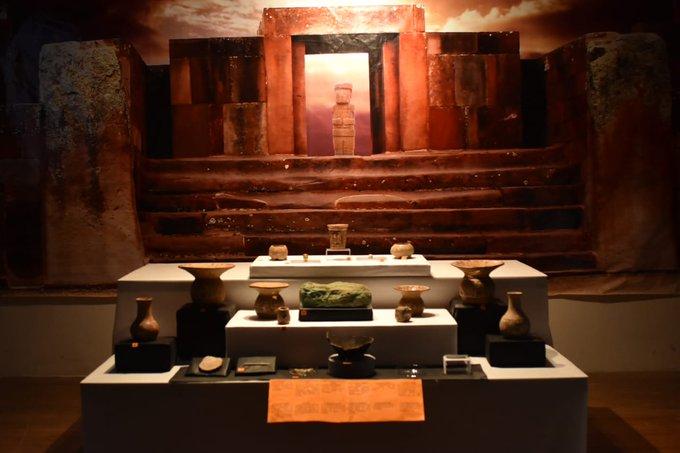 Bolivia presenta al mundo 15 piezas arqueológicas halladas en el sitio sagrado de Tiwanaku