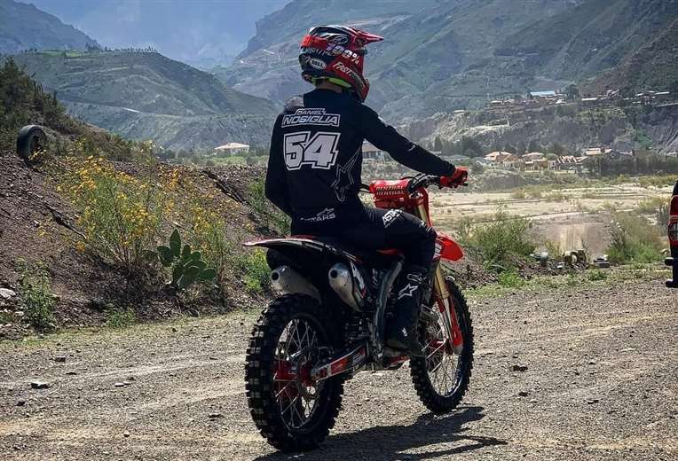 Daniel Nosiglia superó sus lesiones y vuelve a subirse a la moto