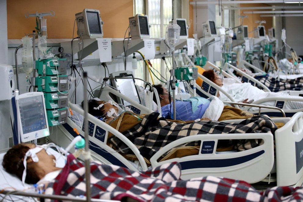 India y Sudamérica impulsan el nuevo pico mundial de casos de COVID-19