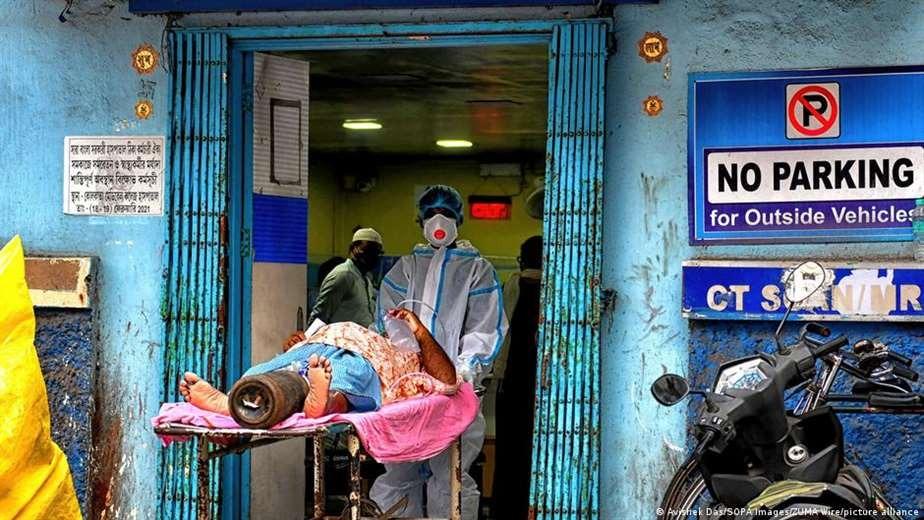 Covid-19: India supera por primera vez los 400 mil nuevos contagios en un día