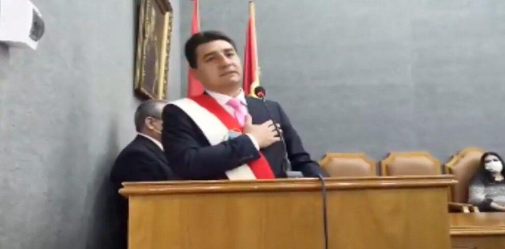 Posesionan a Johnny Torres como nuevo alcalde de Tarija