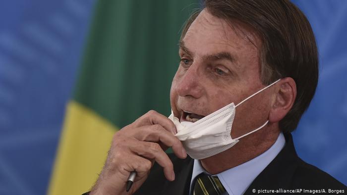 Sinovac le exigió al gobierno de Bolsonaro no criticar más a China a cambio de cumplir los contratos de las vacunas