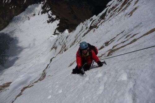 Bolivianos Ayaviri y Bialek buscarán hacer cumbre en la montaña K2