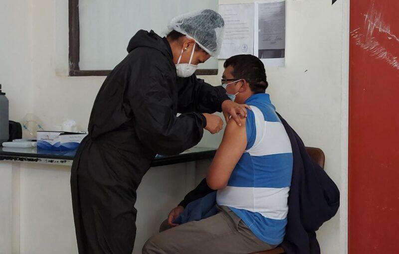 Sedes envía muestras a instituto alemán para identificar variantes del COVID-19 en Tarija