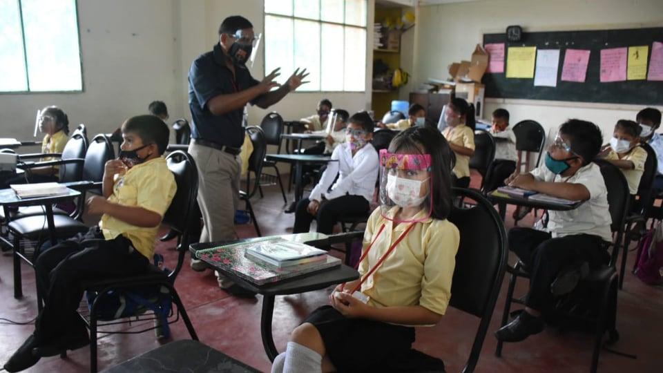10 unidades educativas de Cercado pasan clases en modalidad semipresencial